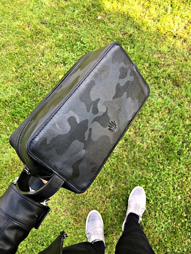 CAMOUFLAGE BLACK GENUINE LEATHER HAND BAG