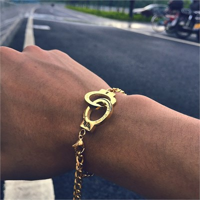HANDCUFF GOLD CHAIN BRACELET