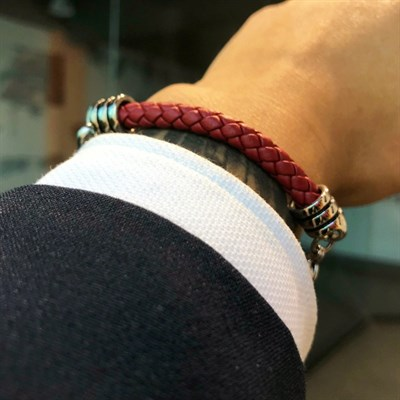 CHARM RED LEATHER KNITTING CHAIN BRACELET