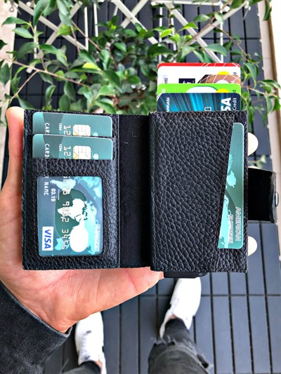 LOSE MAGNETIC BLACK MECHANISM GENUINE LEATHER WALLET