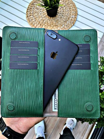 MAGNETIC LINE GREEN PHONE WALLET