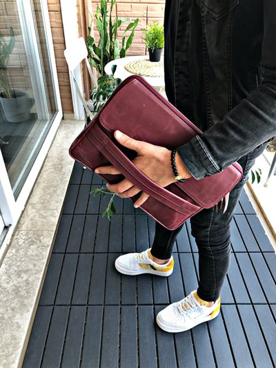 WRISTLET BORDO CLUTCH EL CANTASI WALLETCÜZDAN & ELÇANTASIWRSTCLTBRDWRISTLET BORDO CLUTCH EL CANTASI