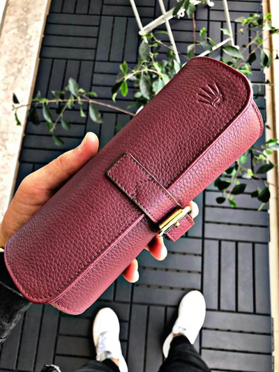 BURGUNDY 3 WATCHES AND ACCESSORY BAG